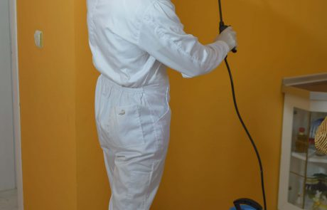 Pest-Controller